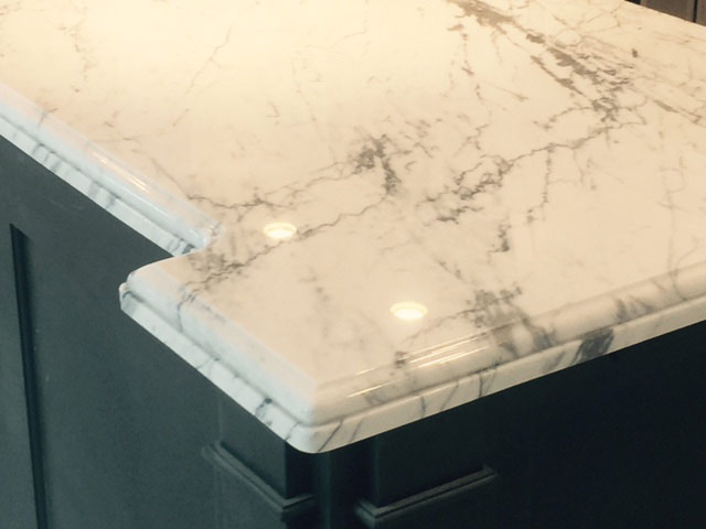 Edge detail White Granite Marble look